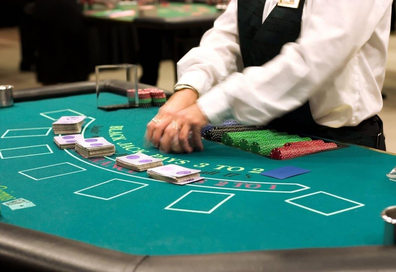 ライブカジノでキャッシュバックがもらえる